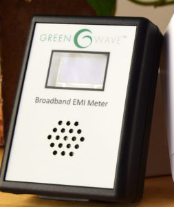 Greenwave meter measure and track electrical pollution in your environment